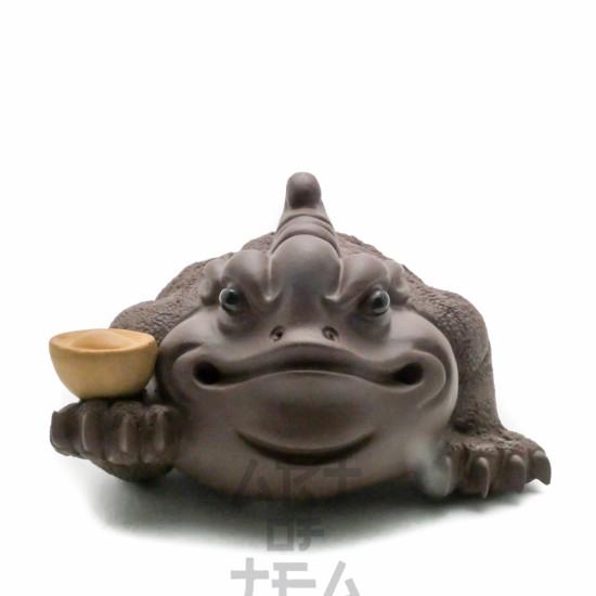 Чайная фигурка Жаба с золотым слитком, глина
