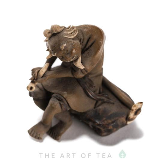 Фигурка антикварная, керамика, 3,5 см