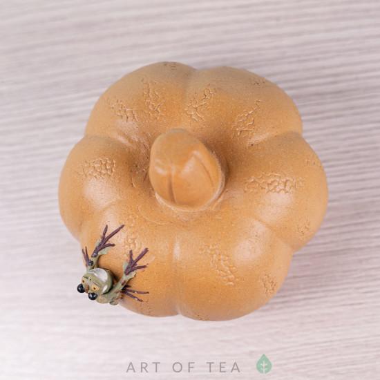 Фигурка Лягушка на жёлтой тыкве