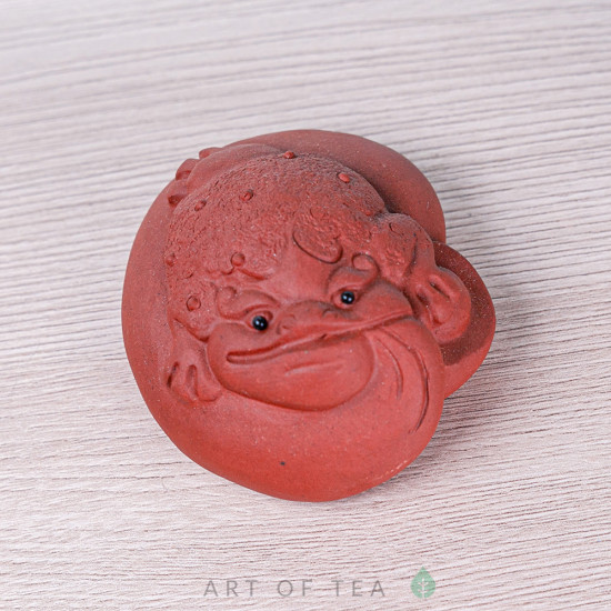 Фигурка Жаба на мешке, исинская глина, 7 см