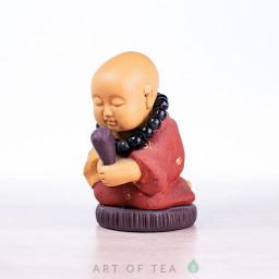 Фигурка Монах с чётками, исинская глина, 8 см