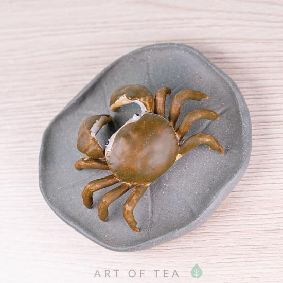 Фигурка Краб на листе, исинская глина, 7 см