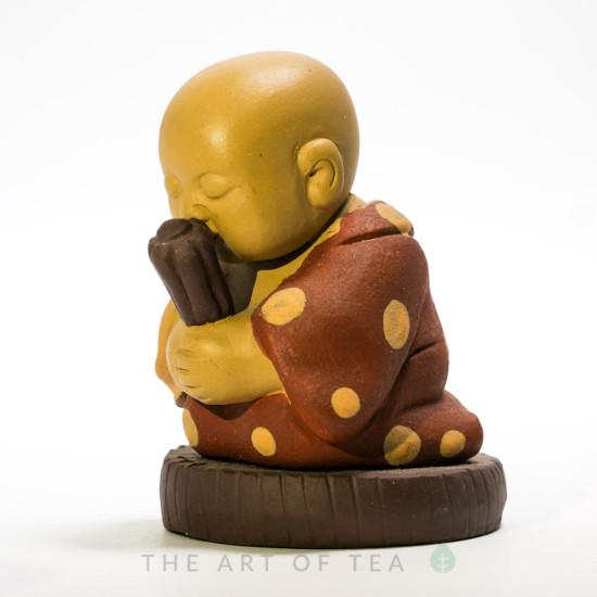 Чайная фигурка Монах со свитком, глина