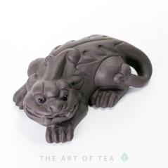 Чайная фигурка Пи Сю, темный, глина