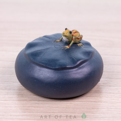 Фигурка Лягушка на лилии, 4 см
