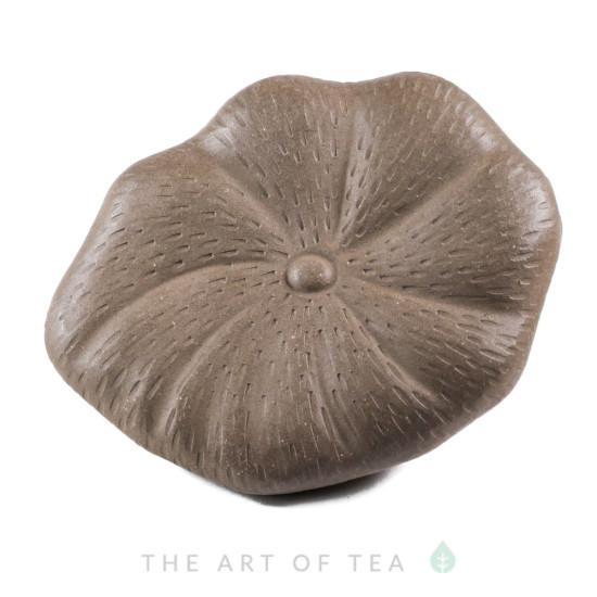 Чайная фигурка Дракон на листе лотоса, глина