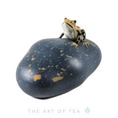 Фигурка Лягушка на камне, глина, 5 см